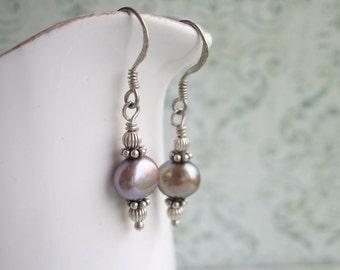 Grey Pearl Earrings, Grey Earrings, Swedish Jewelry Design By Thyll, Made in Sweden, Scandinavian Jewelry
