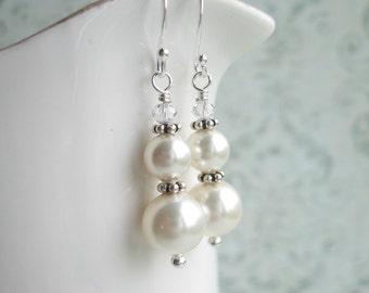 White Swarovski Pearl Earrings, Wedding Earrings, Made In Sweden, Swedish Jewelry, White Swarovski Earrings
