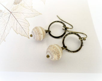 Sinfocarpos - Etched ball earrings Vintage cream white beige ivory Lucite engraved beads antiqued brass hoops gift for her