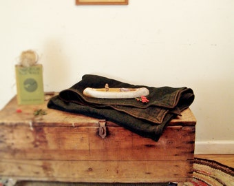 vintage wool camp blanket,army green,lodge decor,cabin,rustic,camp,antique camp blanket,wool blanket,antique blanket,wool throw,1920's