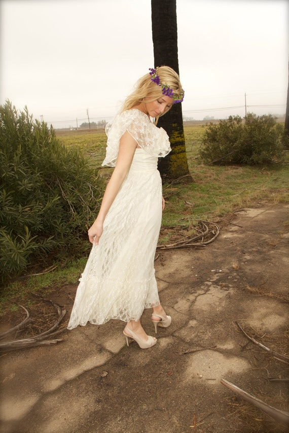 Vintage Wedding Gown Lace Ivory Ruffled 70s Bohemian Hippie Dress - Jude