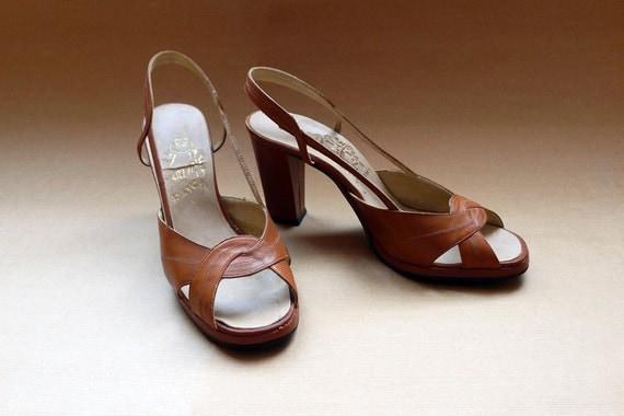 50s cognac strappy peep toe cutout sandals heeled shoes Eur 39 / US 8.5.