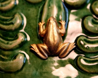 Happy Memories Frog (3 pc)
