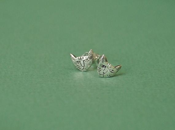 Tiny Cat earrings
