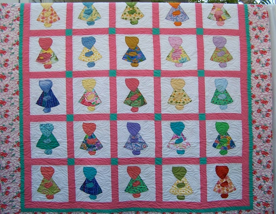 Sunbonnet Sue with Two Pillow Shams Double Bed Quilt