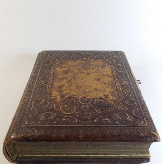 antique leather bound photo album 1900s. Black Bedroom Furniture Sets. Home Design Ideas