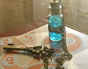 Steampunk Alice in Wonderland Necklace