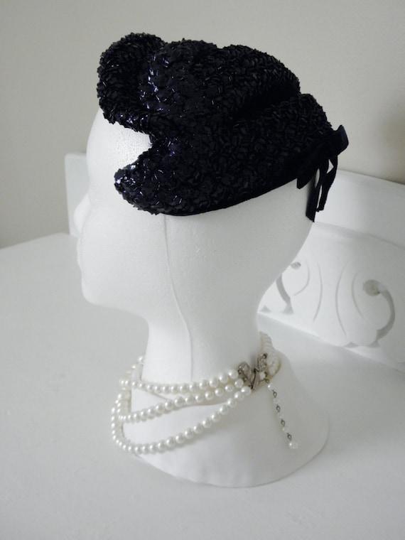 Vintage Fascinator Hat wih Velvet, Reggi of Wilshire 40s