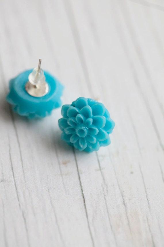 Aqua Flower earrings . Spring . For mom . Teal . Turquoise . Summer