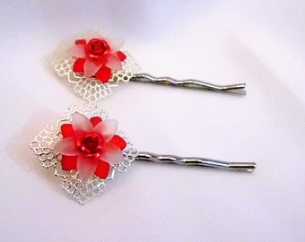 Silver With Red and White Flower Bobby Pin Set