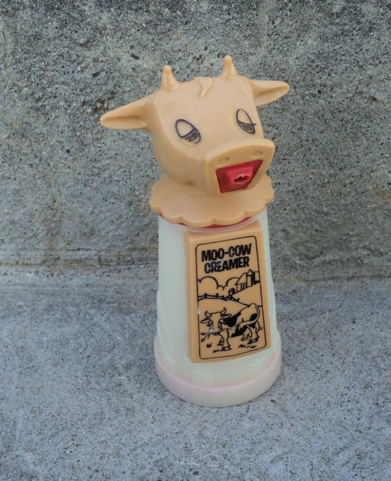Adorable Moo-Cow Creamer Dispenser Vintage Home Decor