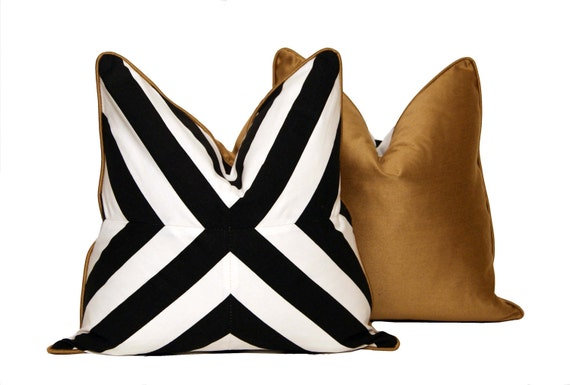 B&W Patchwork X Pillow
