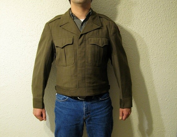 Ike Jacket, US Army WWII Jacket, Dated 1945. Perfect condition, size 38 S