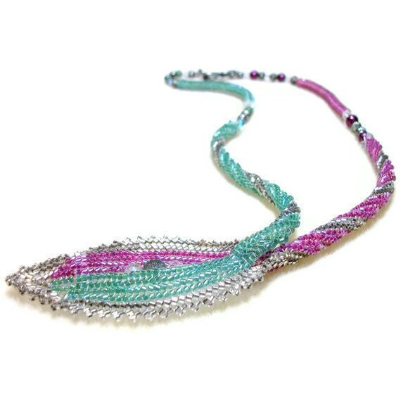 Leaf Necklace Beadwoven in Pink/Green with Swarovsky Crystal & Pearls