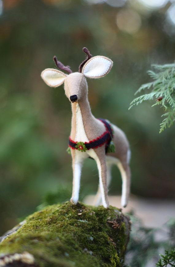 Felt Reindeer downloadable pattern