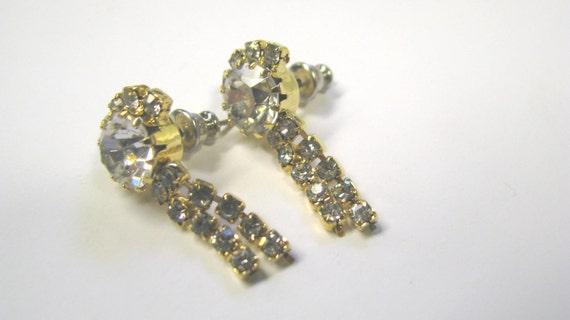 Vintage Crystal Rhinestone Dangle Pierced Earrings in Gold tone Metal, Perfect for Vintage Wedding,  Vintage Bridal Earrings