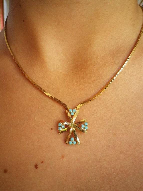 Gold Tone Metal Cross Pendant Vintage Jewelry Retro Rhinestones Necklace