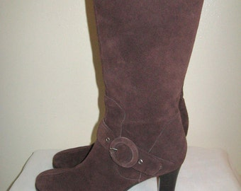 Vintage Brown Suede Leather Mid Calf Stacked Heel Side Zip Buckles Fashion GAMA Studio Boots Sz 7