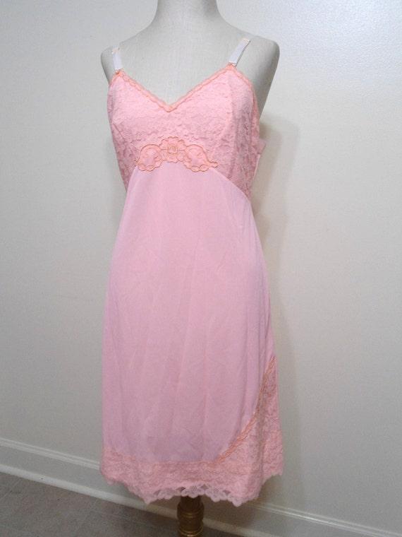 Peach Lace Slip Size 36 Vintage Snowden