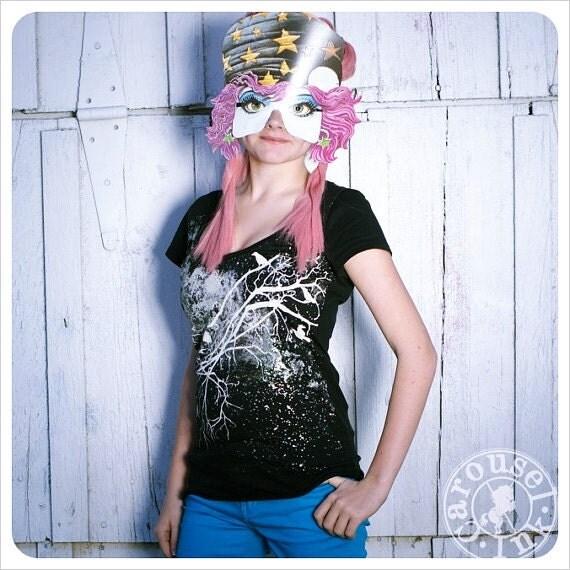Printed tshirt -  Womens Tshirt  - Galaxy tshirt - Black Rainbow -  tshirt - LARGE