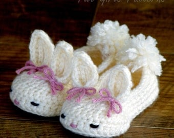 Crochet  Patterns Classic Year-Round Bunny House Slippers PDF - Pattern number 204 Instant Download  kc550