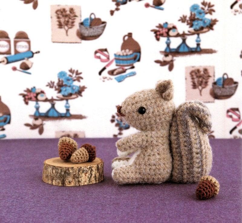 Cute Kawaii Amigurumi Patterns : ENGLISH Squirrel and Acorn Amigurumi Plush Crochet Pattern