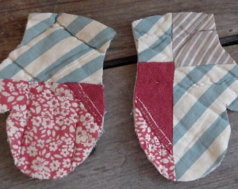 Vintage Patchwork Mittens, Primitive Feed Sack Quilted Appliques, Upcycled Cutter Quilt Scrapbook Prim Embellishments itsyourcountry