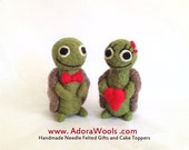 The Love Turtles - AdoraWools Needle Felted Cake Toppers and Gifts -  Christmas Ornament Gift