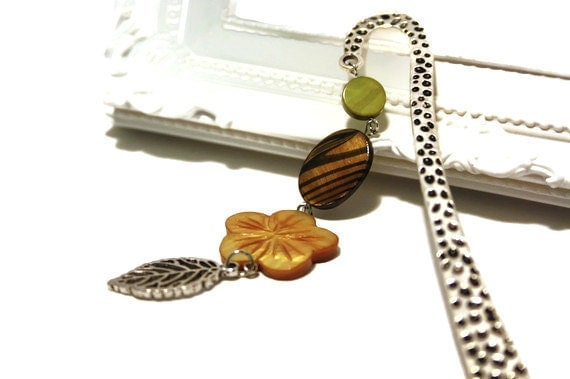Pendant Beaded Bookmark for Teachers or Graduates, Green and Brown Shell Beads on Metal Bookmark with Leaf Charm