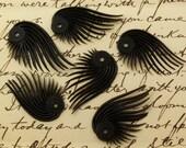 8 Vintage Black Plastic Feather Beads Bd21