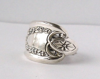 Spoon Ring, size 10, Old Colony 1911