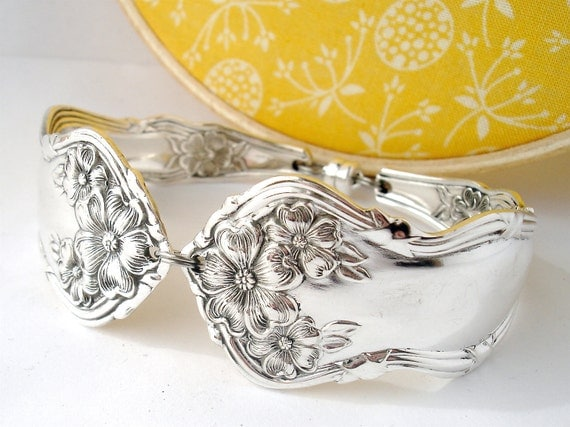 Spoon Bracelet, Arbutus 1908, Antique Silverplated Spoon Jewelry, Flower Floral Bracelet, Bridesmaid Jewelry