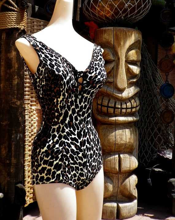 Vintage Pin Up 1950s 50s Swimsuit Leopard Animal Print Bathing Suit Rockabilly Bombshell Lace Up Tank Cole of California NOS Deadstock Small