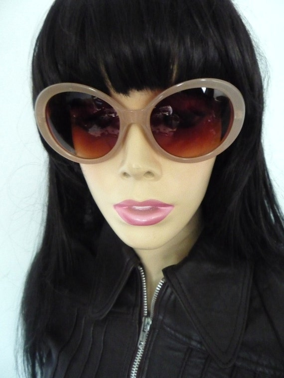 REDUCED TO CLEAR  60s Oval Space age style reproduction sunglasses in glossy nude