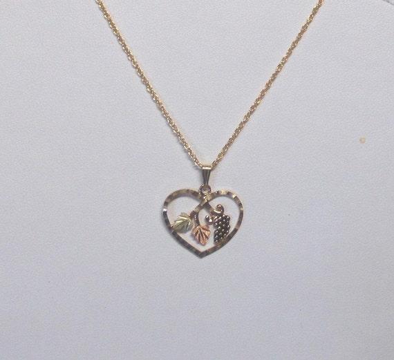 Whitaker's Black Hills Gold Jewelry Heart w/ Grapes Pendant