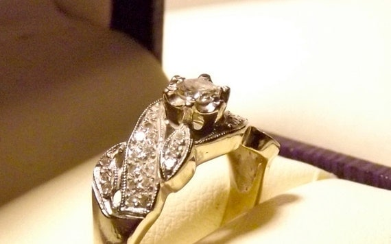 Vintage Art Deco 1920's 14K White Gold .78 Carat Diamond Ring/Engagement