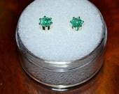 Colombian Emerald Round Stud Earrings in Sterling Silver - Beautiful Green