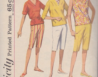 1960s Capri, Pedal Pusher, Clam Digger Pants, Overblouse Vintage Pattern,Simplicity 4946, Proportioned, V Neck, Casual, Tie Belt, Zipper