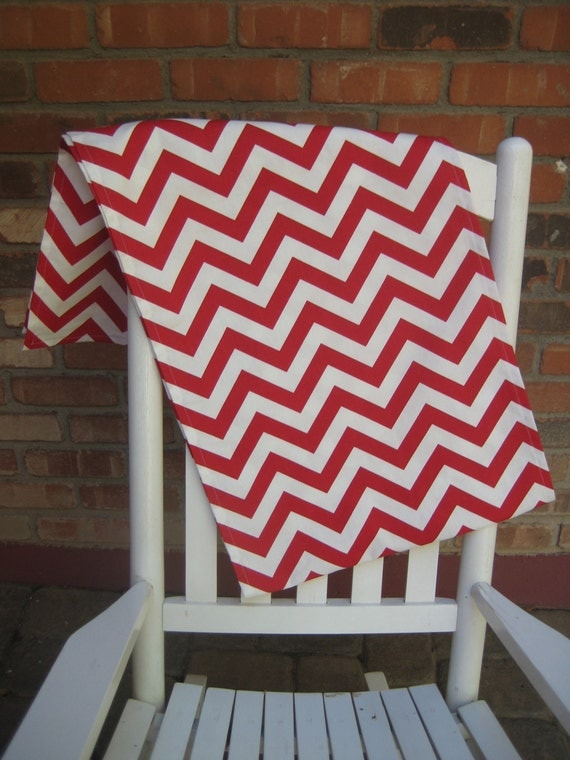 Stunning Table Runner in Red and White Chevron
