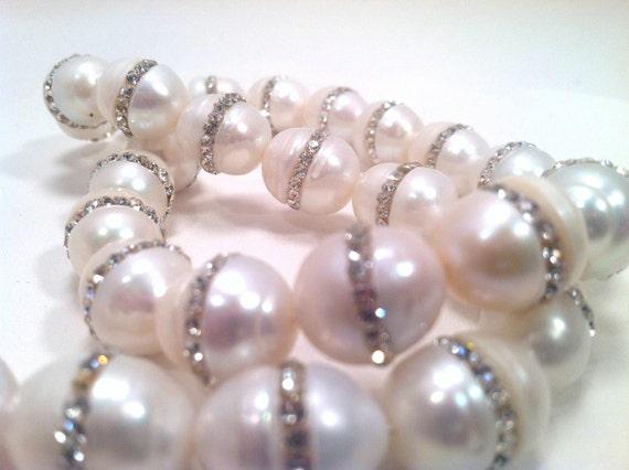 5 pcs Freshwater Pearls with Rhinestone Inlay - Wedding Jewelry