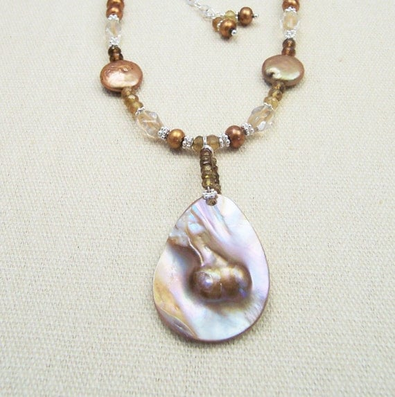 Mabe Pearl Necklace: Unavailable Listing On Etsy