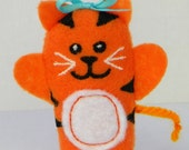 Mrs. Tiger Finger Puppet