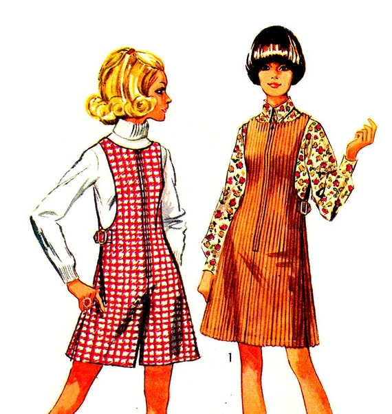 60s Mod Jiffy Cutaway Zip Front Jumper or Mini Pant Jumper Vintage Sewing Pattern Simplicity 8343--Bust 34