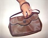 90s TRUSSARDI Designer Vintage Italian Leather Handbag Minimalist Clutch Bag Bohemian Shoulder Bag Brown Cinnamon