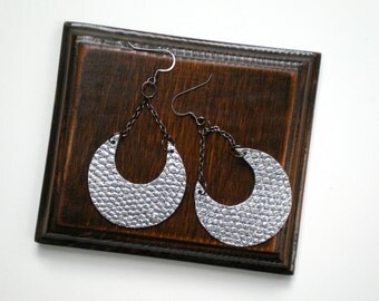 SALE Silver Horseshoe Earrings / Upcycled Jewelry / Vegan Friendly
