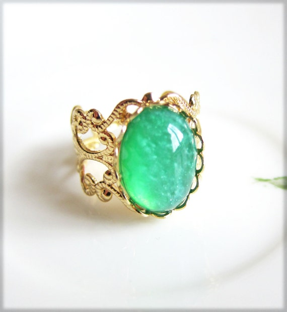 items similar to emerald green ring gold vintage style