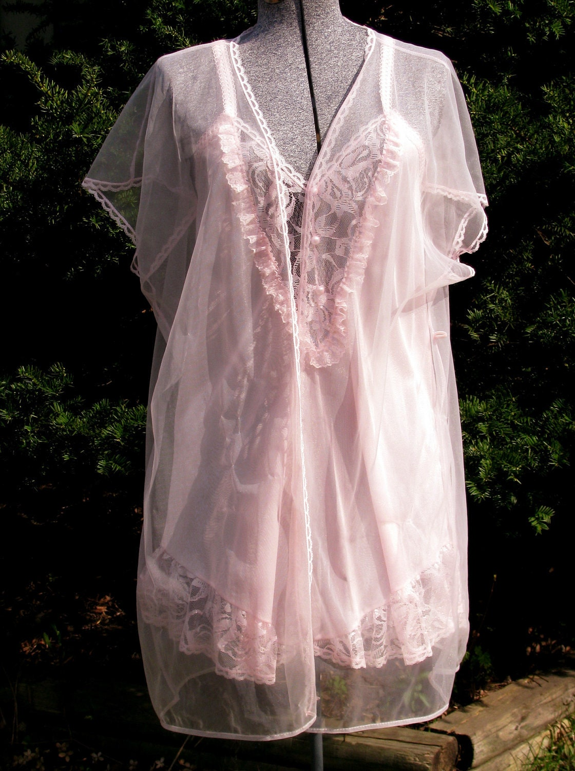 Vintage Peignoir Baby Doll Nightie And Robe Pink Short Set