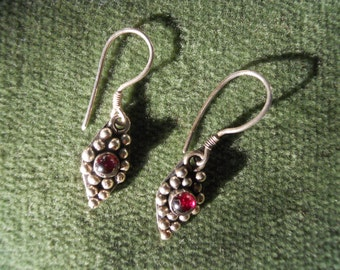 Vintage Sterling Silver and Garnet Cabochon Earrings