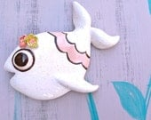 Butchette in rainbow fleck and pink -- Ceramic chalkware fish, Retro Mid Century bathroom wall hanging