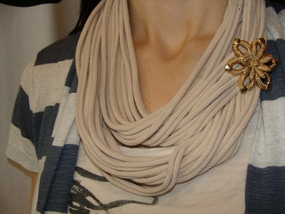 ETERNITY LOOPS SCARF stone khaki upcycled t-shirt cowl looped w/ vintage flower brooch pin